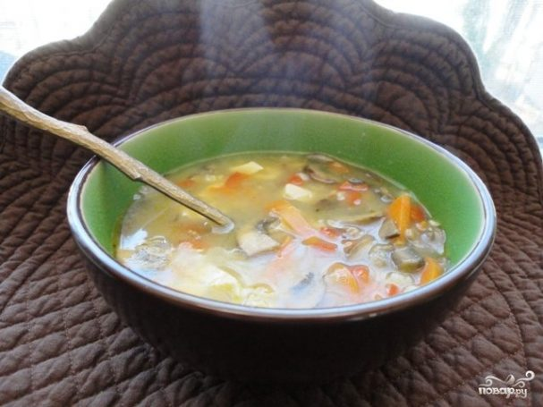 Как приготовить вкусный суп из свежих белых грибов, разные рецепты. Блюдо с перловкой, сливками, курицей, мясом, беконом, гречкой.