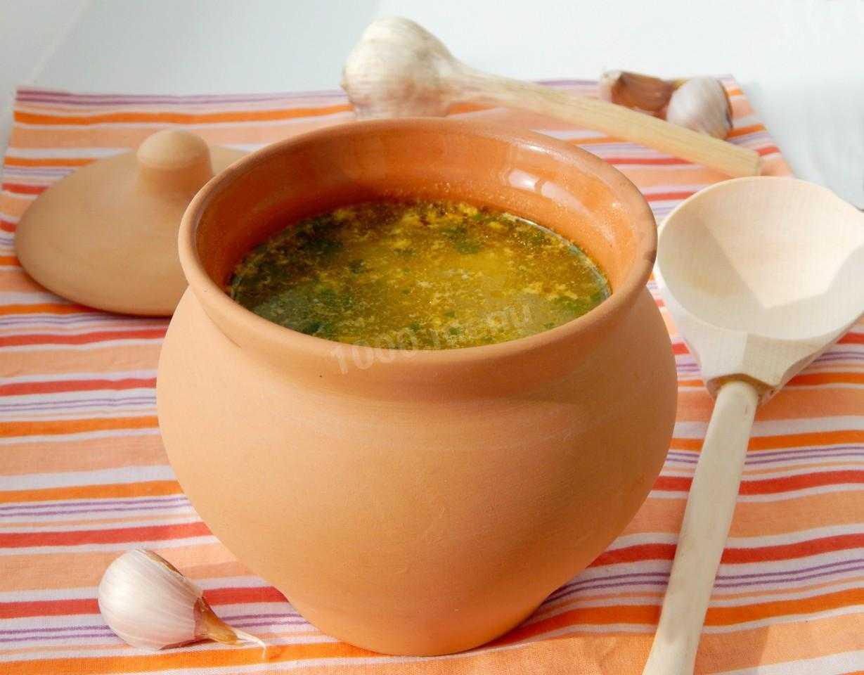 Как готовить суп из маринованных опят. Сколько калорий он содержит. Секреты и основные рецепты приготовления грибного супа с перловкой, томатами, со сливками, с рисом.