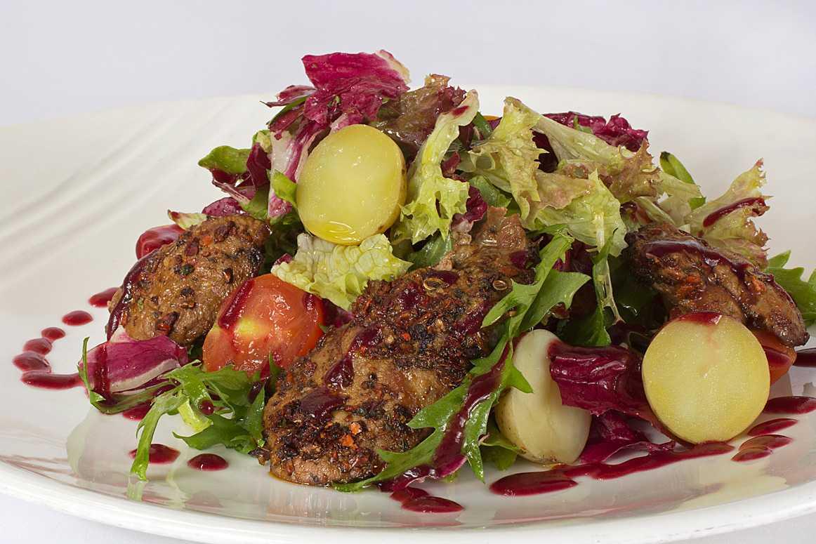 Салат нежнее нежного с мясом и сыром рецепт с фото пошагово - 1000.menu