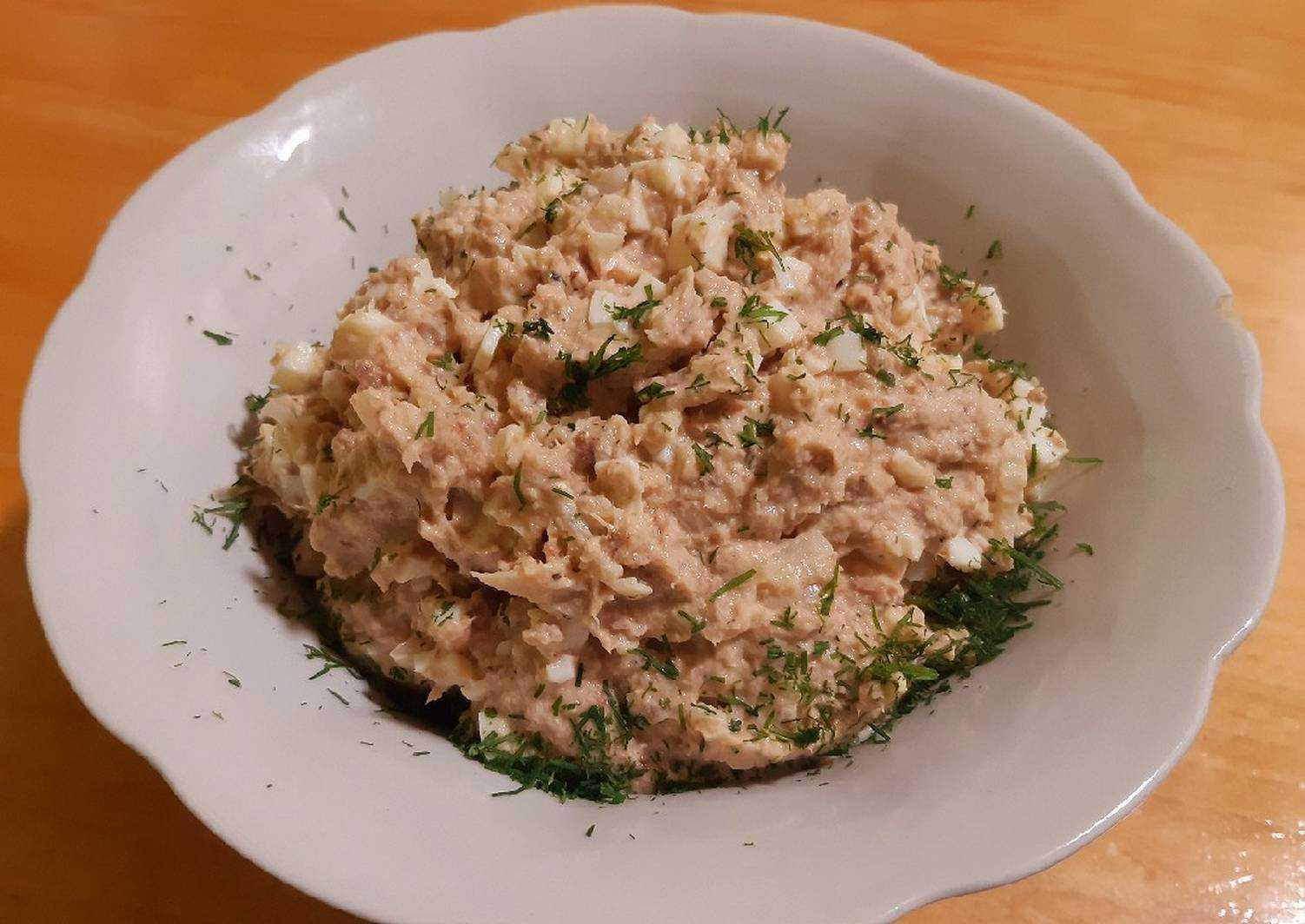 20 рецептов вкусных рыбных салатов на каждый день