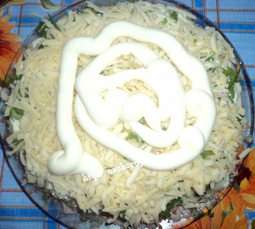 Салаты с креветками и кальмарами, 5 самых вкусных рецептов с фото — wowcook.net