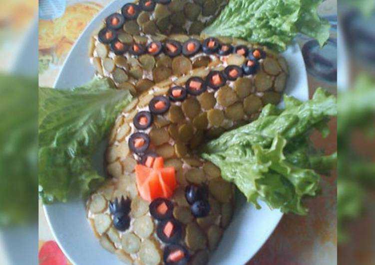 """Салат """"змея"""" на новый год 2013 (7 рецептов) - домашний ресторан"""