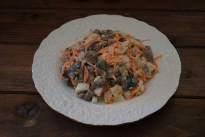 Салаты с чипсами - простые и вкусные пошаговые рецепты