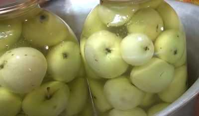 Яблоки моченые с капустой, с горчицей, с медом