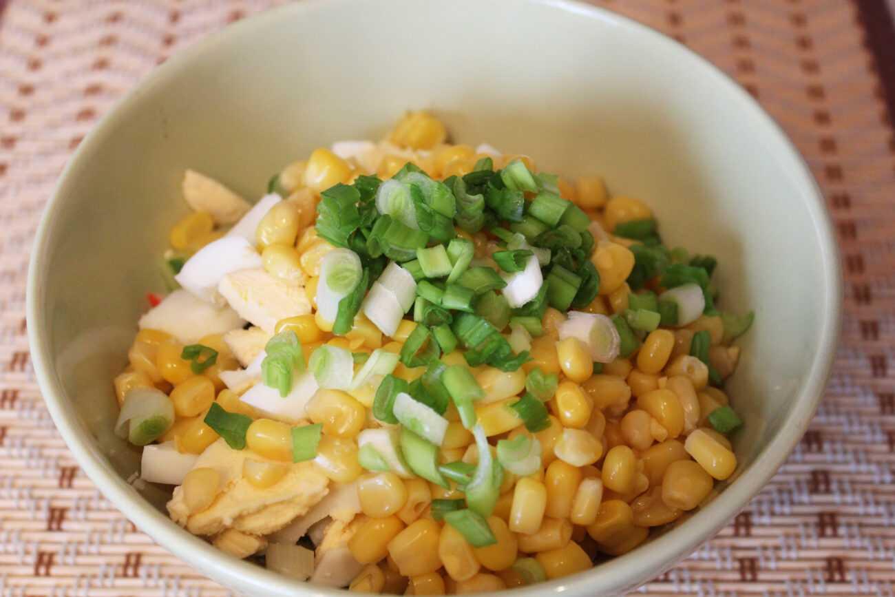 Тайский салат с креветками