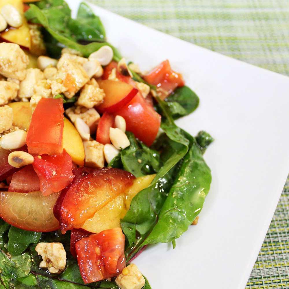 Греческий салат с адыгейским сыром - быстро и аппетитно