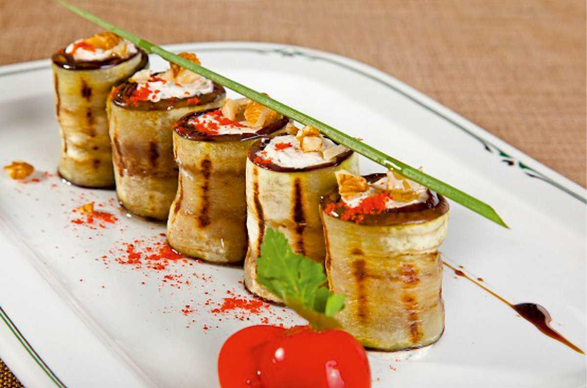Салат с вялеными помидорами и пастой: рецепт и фото