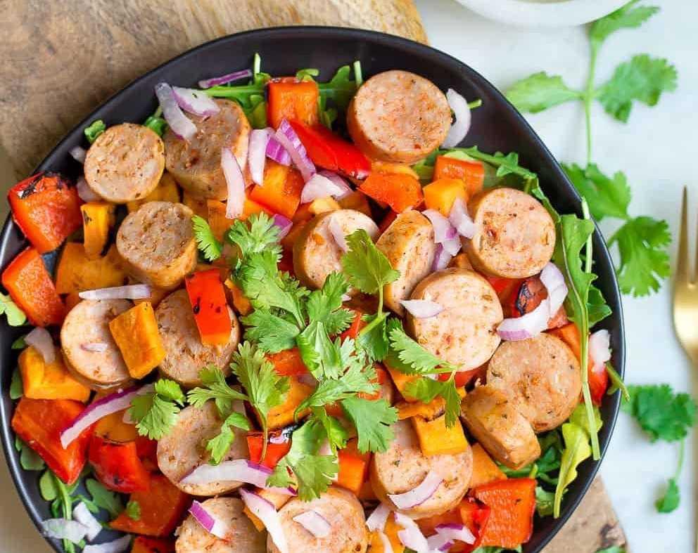 Салат «охотничий» на зиму: 3 рецепта приготовления (+отзывы)