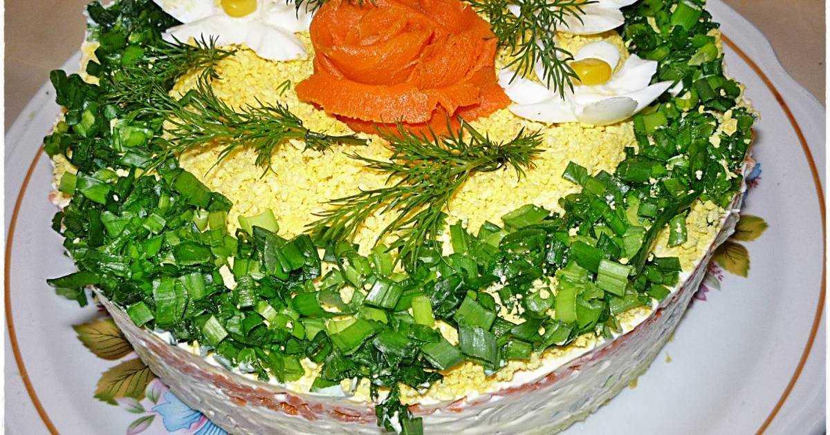 Салаты с печенью трески простые и вкусные - 23 лучших рецепта
