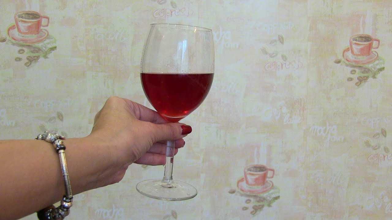 Вино из клюквы: простые рецепты в домашних условиях