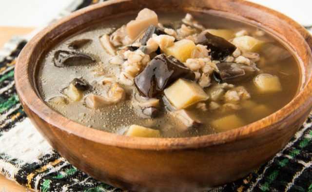 Суп из сушеных грибов: топ-4 рецепта