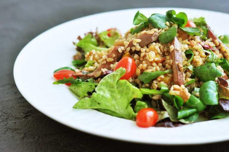 Салат с булгуром и овощами рецепт с фото пошагово - 1000.menu