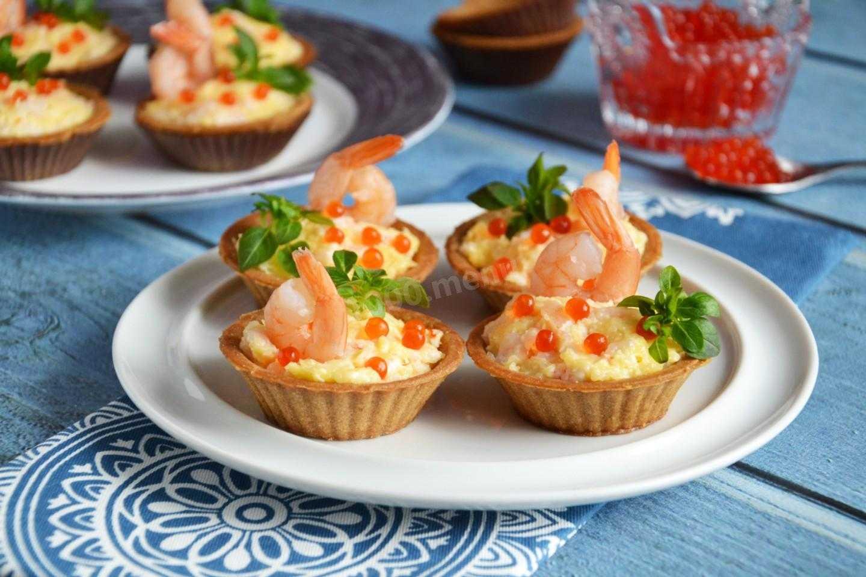 Как приготовить салаты в тарталетках с креветками: рецепты с фото, пошаговая инструкция и идеи украшений