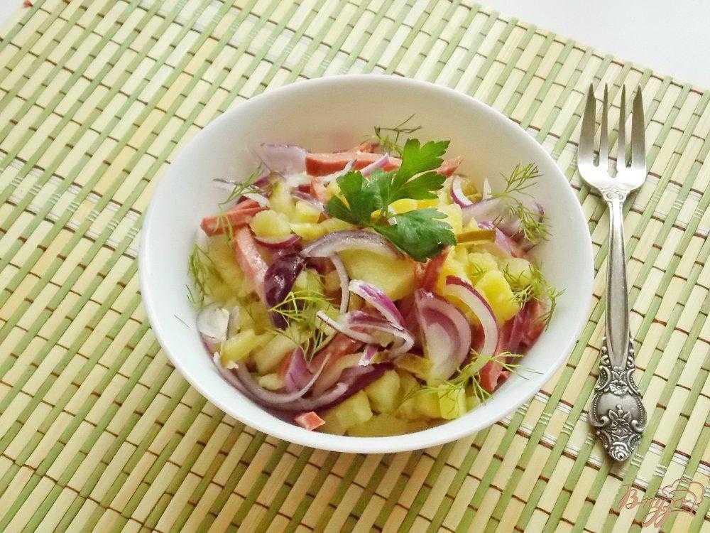 Салат с копченой колбасой – 12 рецептов