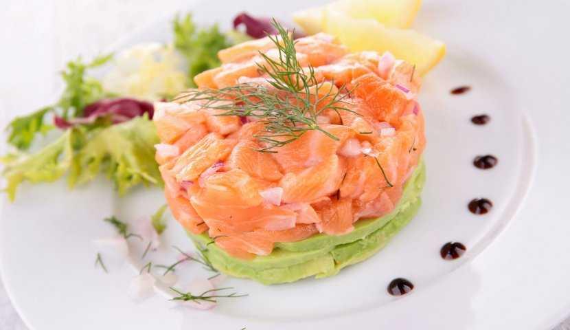 Тартар из лосося: 6-ка простых и вкусных рецептов для всей семьи