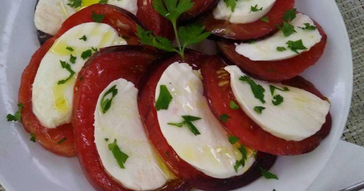 Салат с ветчиной и помидорами рецепт с фото пошагово и видео - 1000.menu