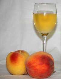 Производство и изготовление сухих и игристых вин, белого и красного вина