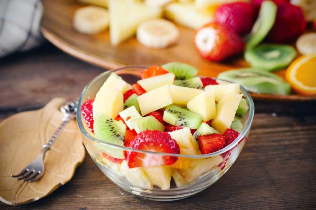 Ягодный салат - 83 рецепта: фруктовые салаты   foodini