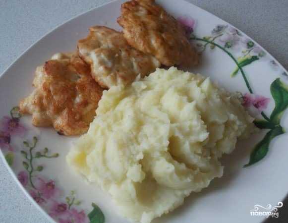 Как пожарить котлеты по-албански из курицы по пошаговому рецепту с фото