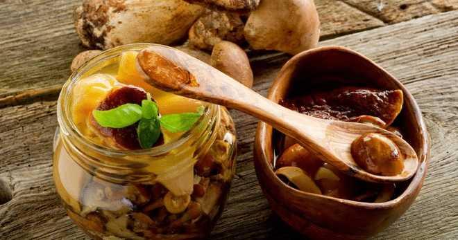 Как можно посолить грибы вкусно в домашних условиях: ингредиенты и рецепты, особенности засолки и советы
