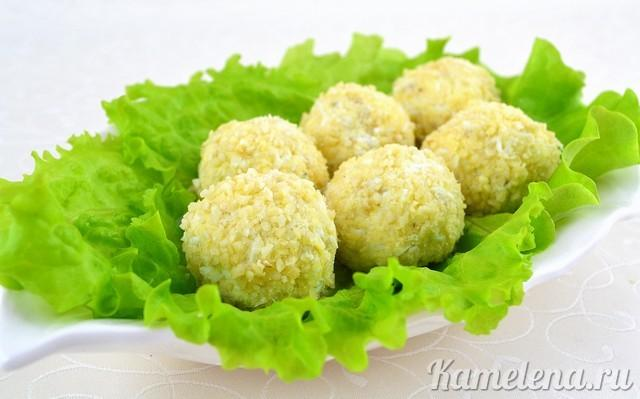 Рафаэлло с крабовыми палочками и сыром рецепт с фото пошагово - 1000.menu