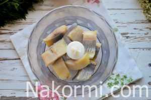 Классический рецепт паштета из селедки с маслом: пошаговые советы по приготовлению. Варианты с морковью, картофелем, свеклой, плавленым сыром и оливками.