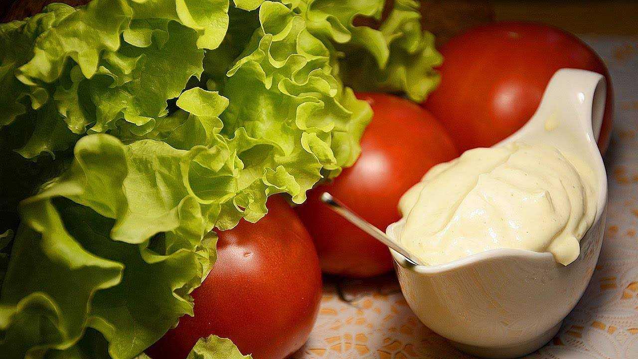 Заправка для салата с горчицей, медом и винным уксусом рецепт с фото - 1000.menu