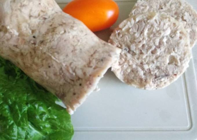 Колбаса из курицы в желе — пошаговый рецепт с фото