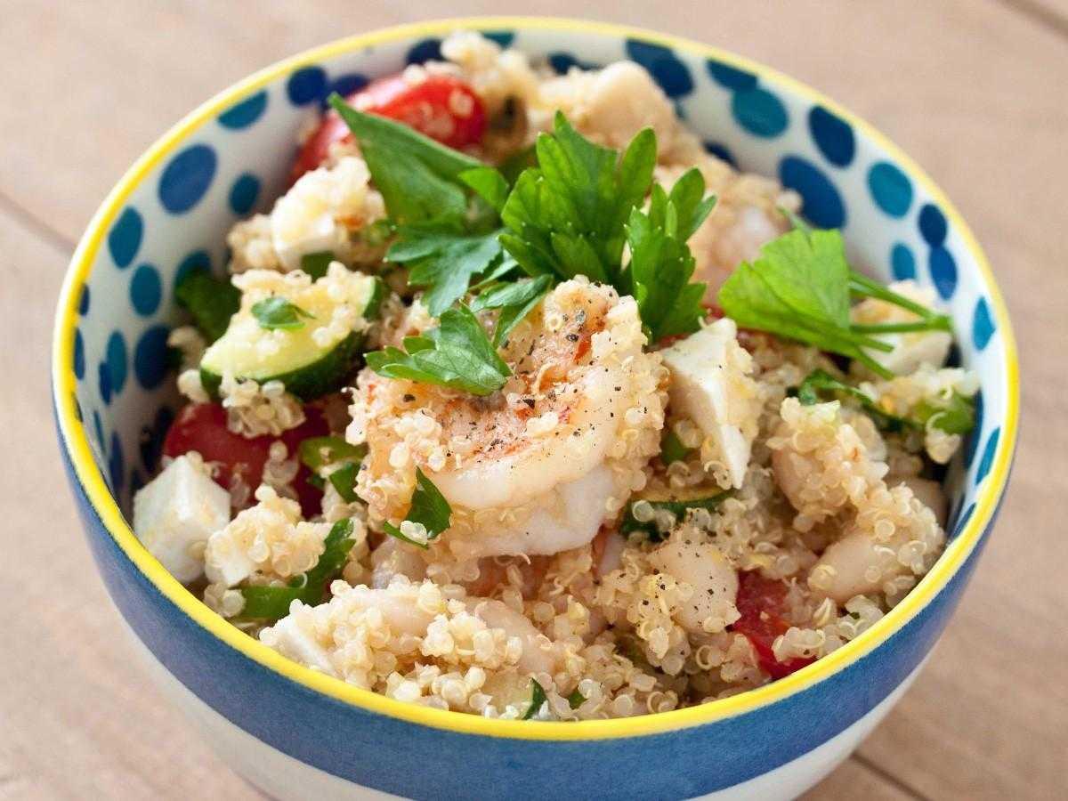 Как приготовить салат с киноа и креветками: поиск по ингредиентам, советы, отзывы, пошаговые фото, подсчет калорий, удобная печать, изменение порций, похожие рецепты