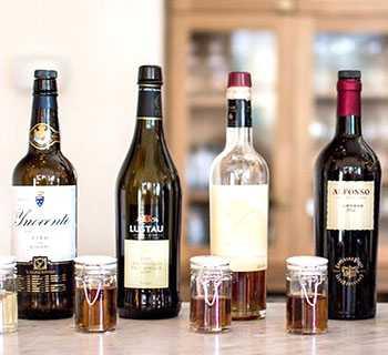 Крепленое вино в домашних условиях из винограда, яблок и черноплодной рябины