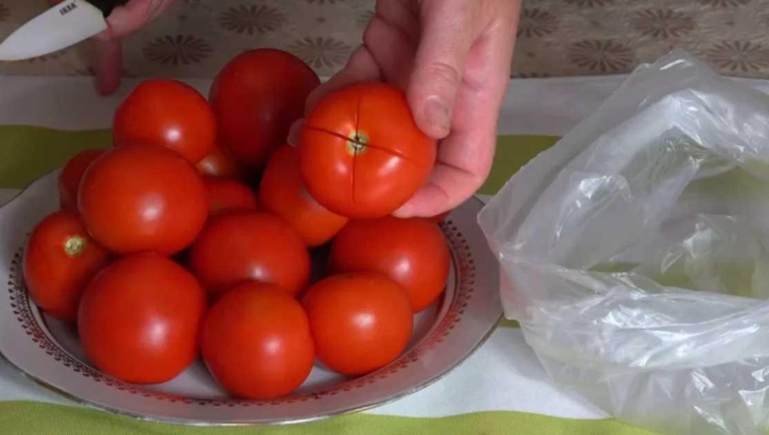 Малосольные огурцы в пакете за 5 минут: 7 быстрых рецептов приготовления