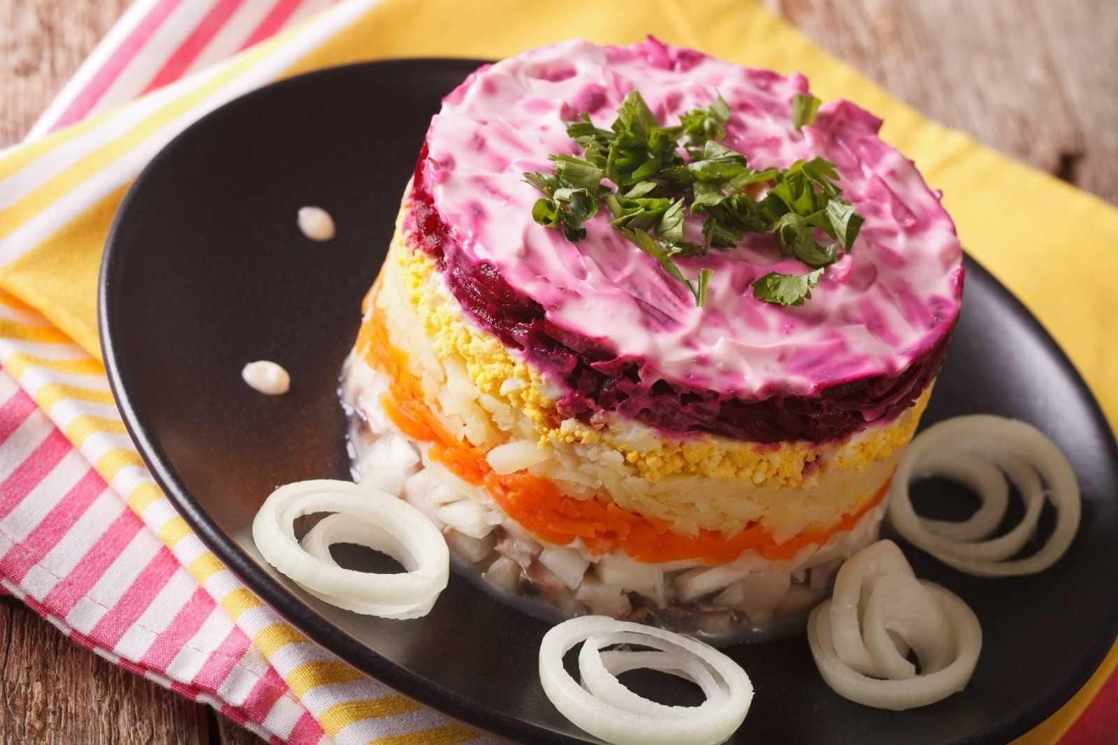 Салаты с селедкой – 7 простых и вкусных рецептов