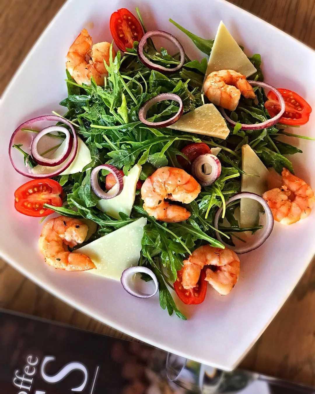Салат с креветками по-французски рецепт с фото - 1000.menu