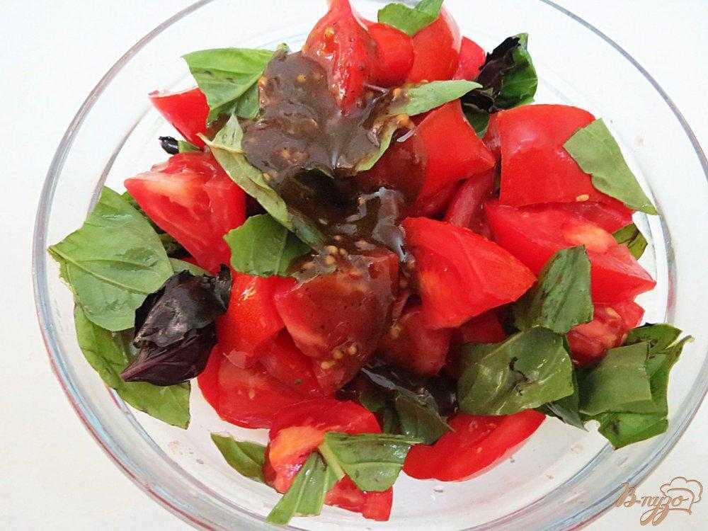 Салат из помидоров одуванчика моцареллы рецепт с фото - 1000.menu