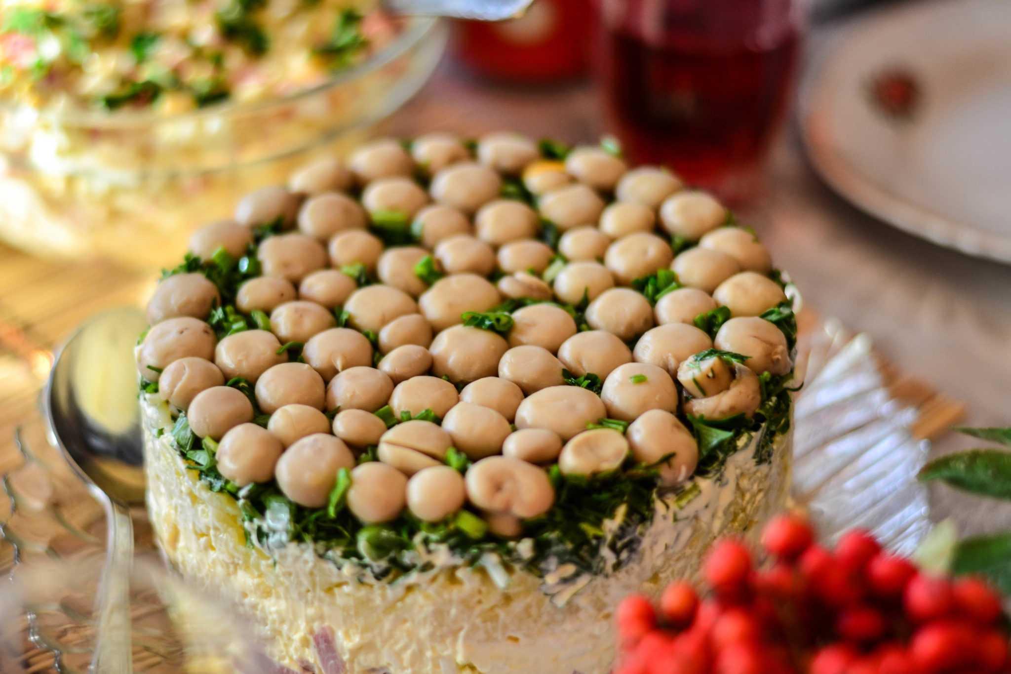 Салат грибная поляна — 8 рецептов с фото пошагово