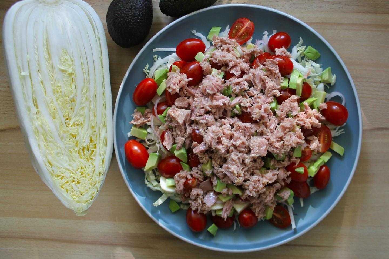 Рецепты вкусных и полезных салатов из тунца и пекинской капусты
