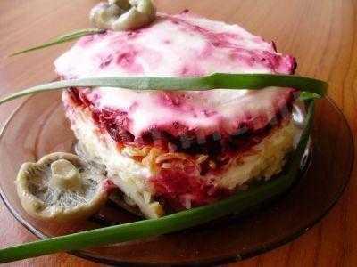 Салаты из груздей: пошаговые рецепты с фото для легкого приготовления