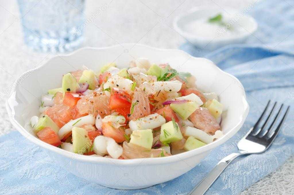 Салат из кальмаров и авокадо - 47 рецептов: салаты   foodini