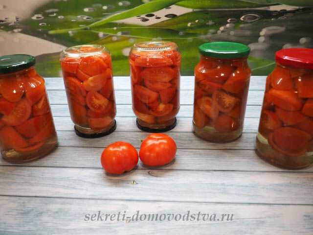 Описание рецептов и технологий изготовления маринованных томатов: с уксусом и без, со стерилизацией и без, с добавками пряностей, зелени, овощей и фруктов.