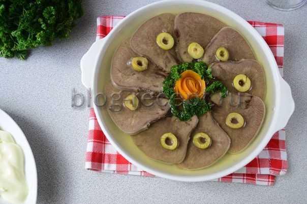 Заливное из свиного языка - лучшие домашние рецепты