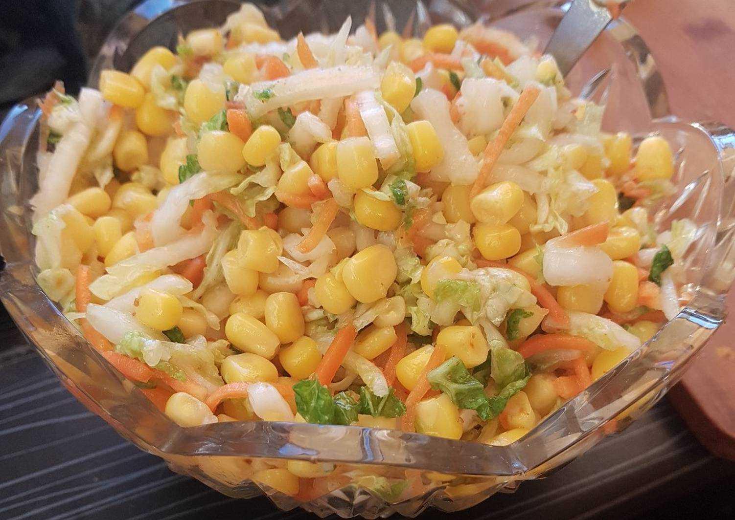 Салата с корейской морковкой и кукурузой к празднику