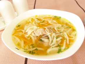 Грибной суп с курицей из шампиньонов