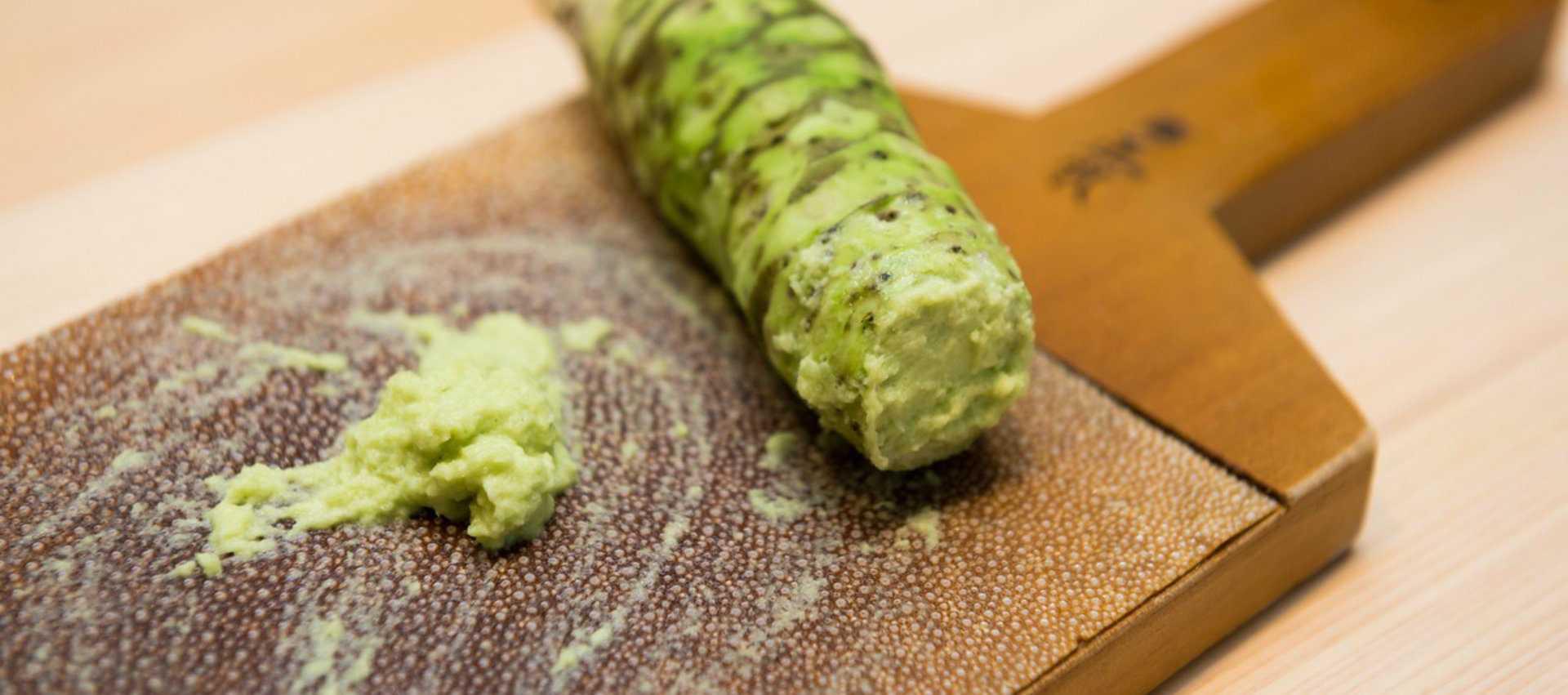Невероятно вкусный салат суши с красной рыбой — 5 рецептов слоями