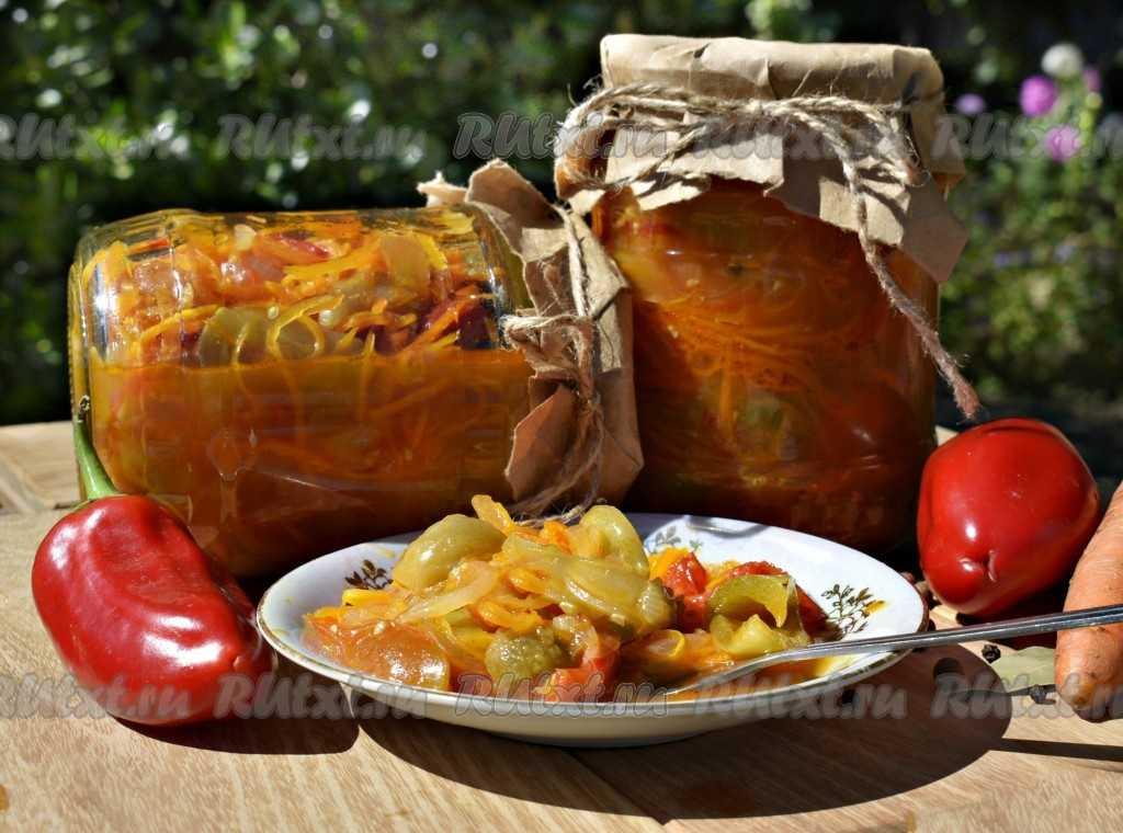 Салат из зеленых помидор на зиму в банках – простые рецепты