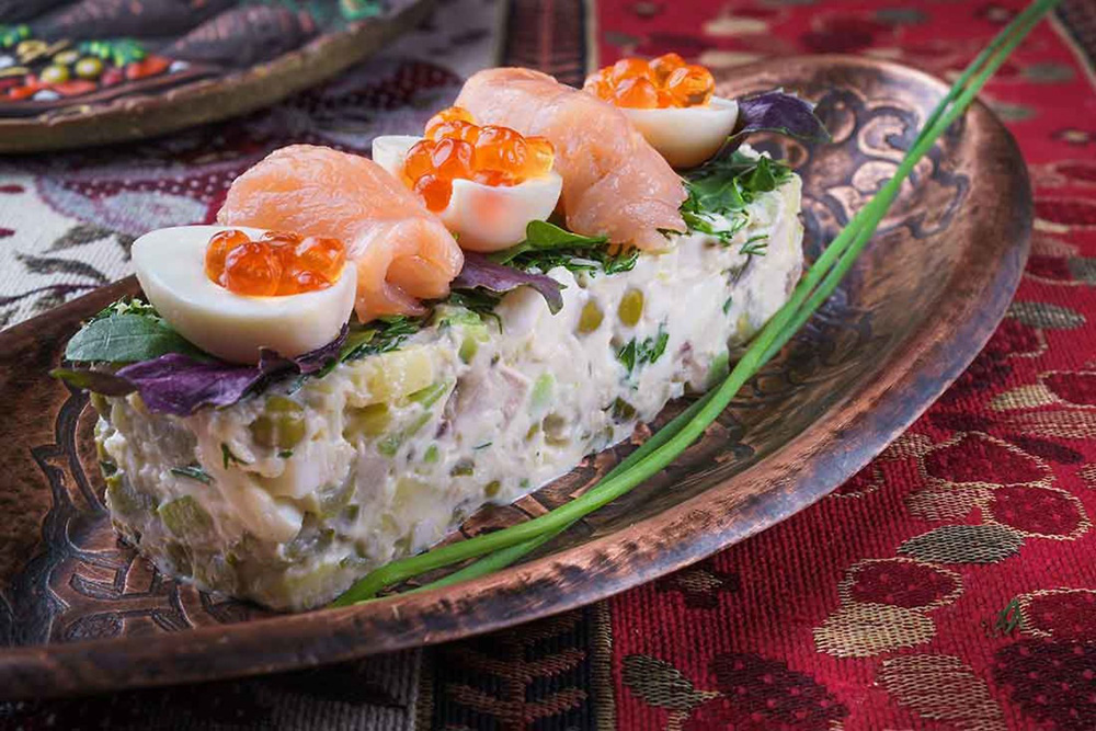 Вкусные салаты с крабовыми палочками: 15 новых и простых рецептов