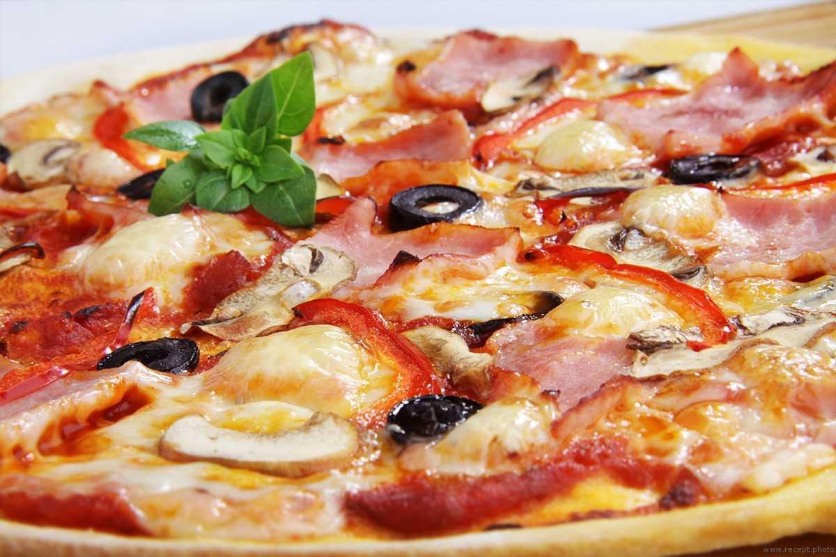 Пицца с грибами – 7 рецептов в домашних условиях