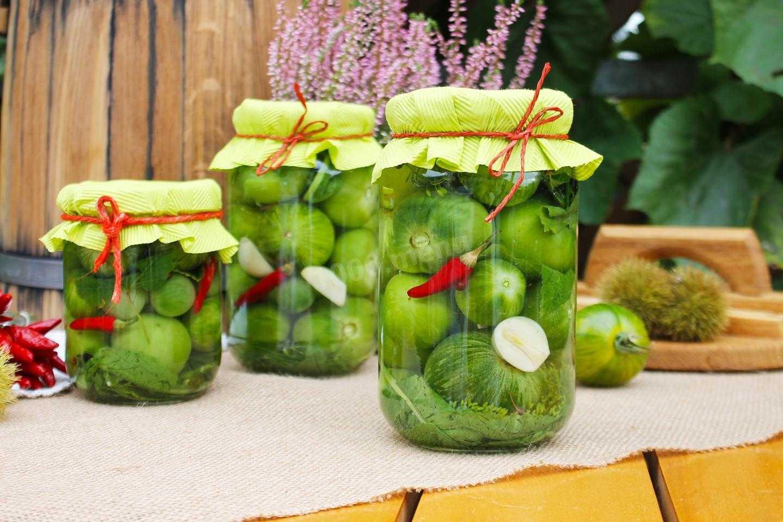 Зеленые помидоры на зиму - 5 рецептов консервации