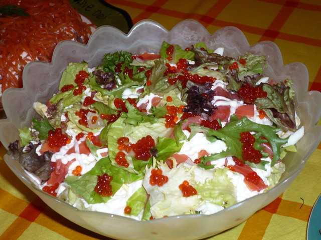 Легкий, вкусный, быстрый салат на праздничный стол, пробуем На страничке также пошаговые фотографии этапов, рекомендации, похожие рецепты, кулинарные советы, комментарии пользователей, подсказки