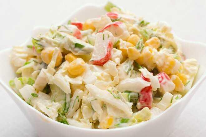 Салаты с морепродуктами на новый год 2021 — 14 самых вкусных рецептов на праздничный стол