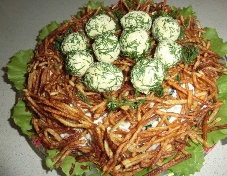 Как приготовить салат гнездо глухаря с маринованными огурцами: поиск по ингредиентам, советы, отзывы, пошаговые фото, видео, подсчет калорий, изменение порций, похожие рецепты